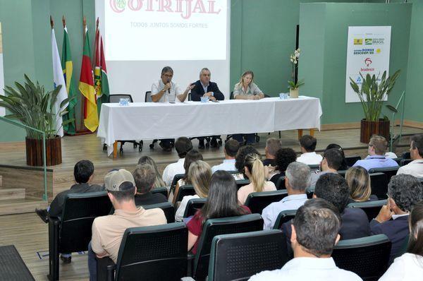 Farsul participa de webinar sobre temas jurídicos